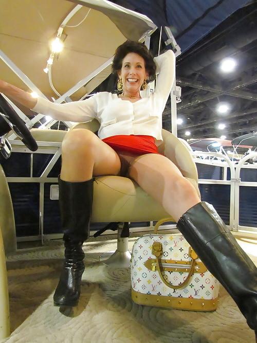 Mature women upskirt-8134