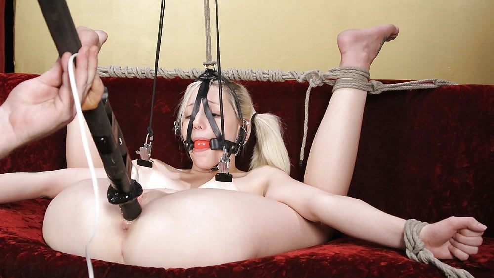 chitty-bang-bdsm-female-orgasm-denial-girl-fuck