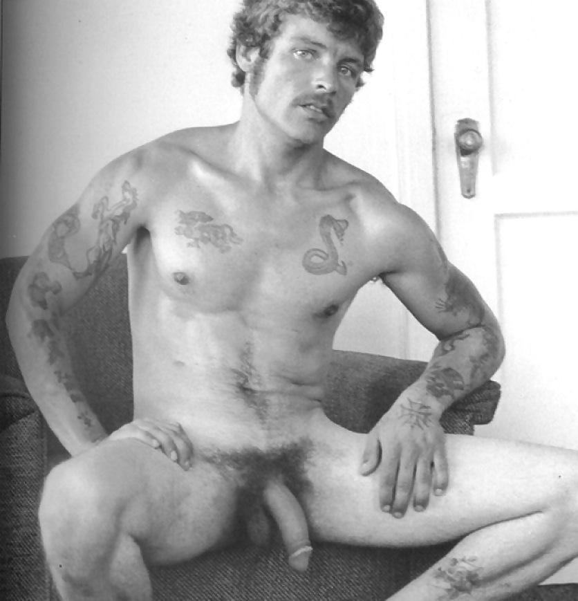Naked men Free uk gay sex chat