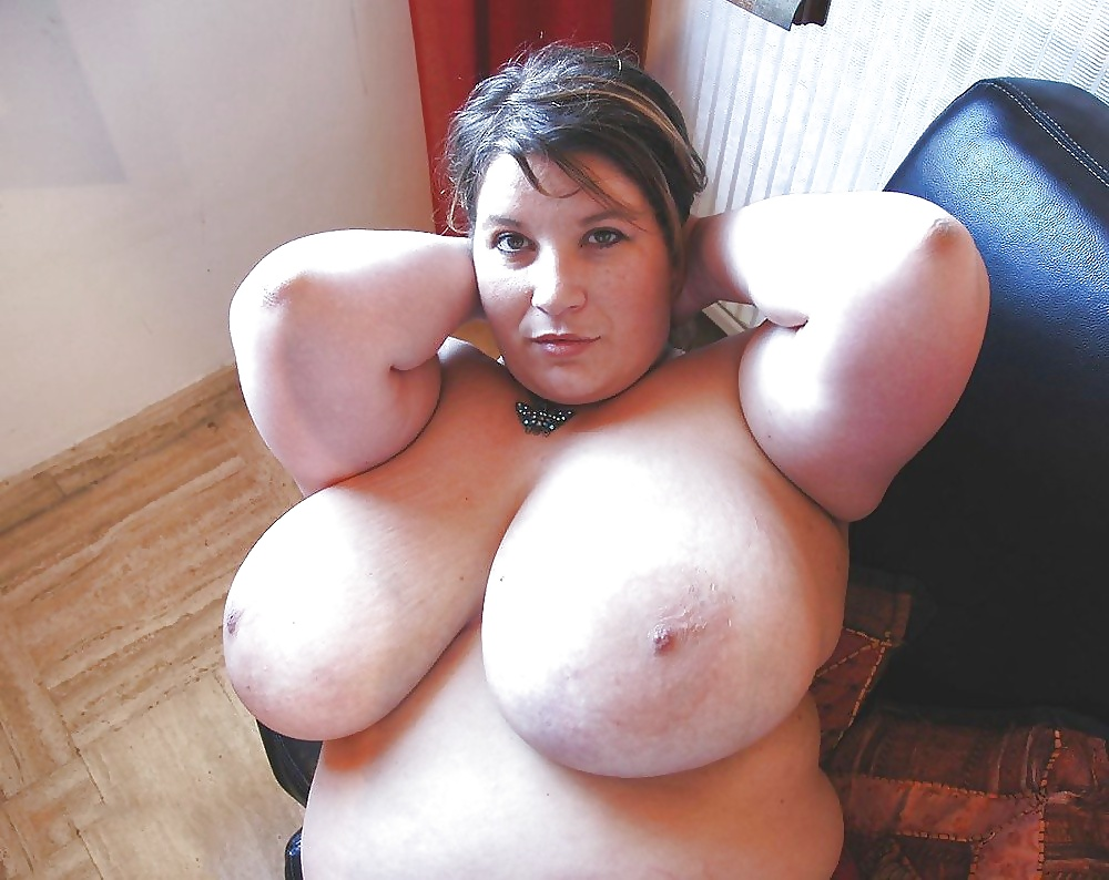 Epicboobs free chubby huge boobs ass plugging boppers