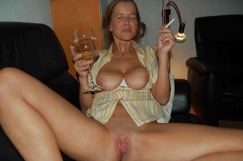 Mature blonde big boobs