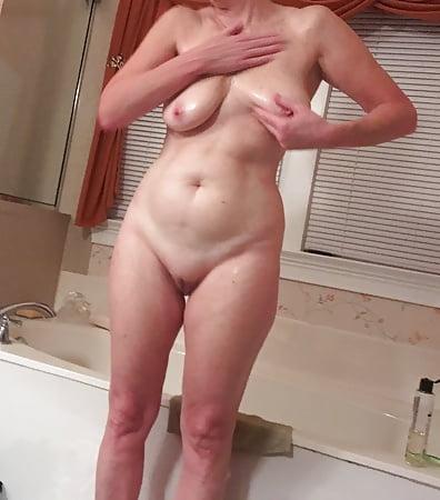 Sweet older pussy