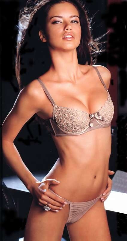 Adriana Lima 3 - 27 Pics
