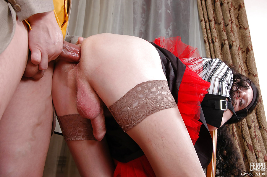 Смотреть порно ролики мужчины в женском белье курят и дрочат