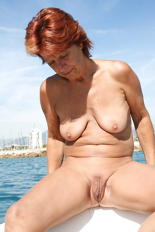 Smokin Hot Milf - 13 Pics - Xhamstercom-9690