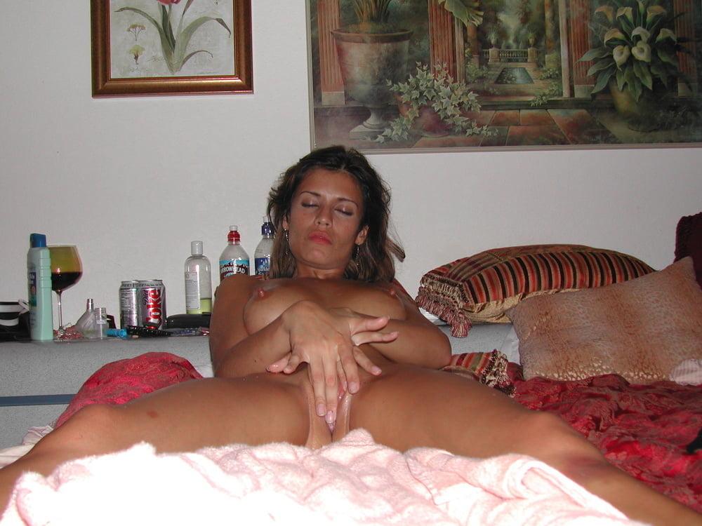 Woman masturbating on hidden camera-4666