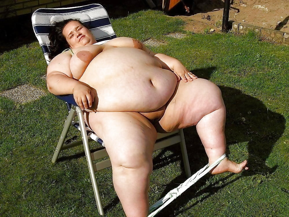Obese naked wife