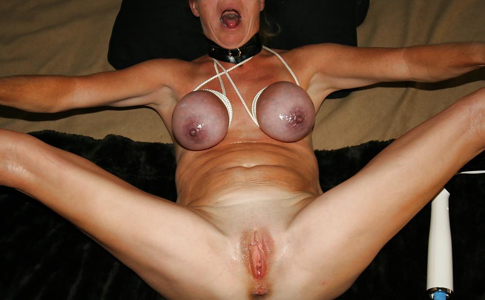 Anikka albrite big ass big tits blonde masturbating and stretching wet pussy
