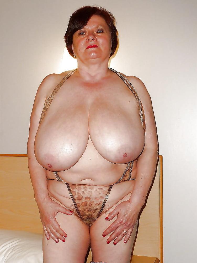 Big Saggy Tits Porn Pics