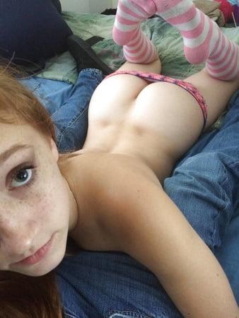 over the shoulder naked selfies butt over back