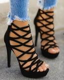 Sexy Feet in High Heels!!! (3)