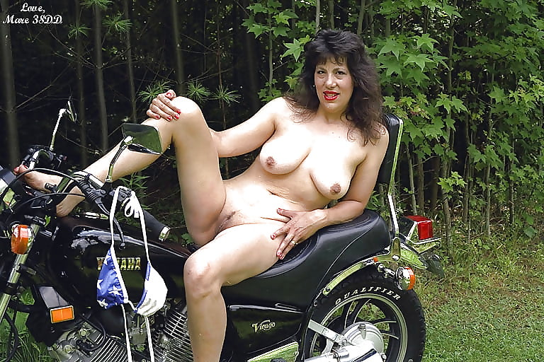 Nude biker chicks