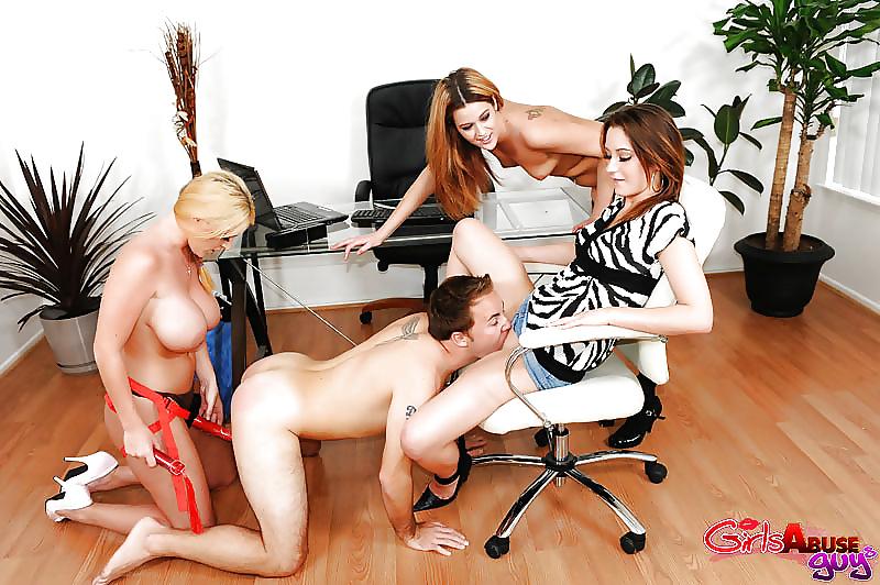 порно лесби босс и рабы смогла выполнить свою