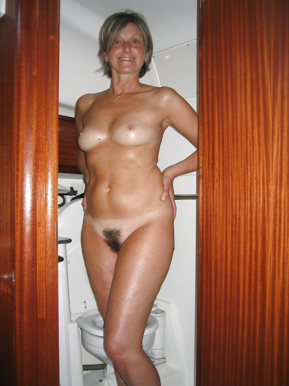 Real Housewives Nude Topless Or Just Naughty 9 - 46 Pics -6791