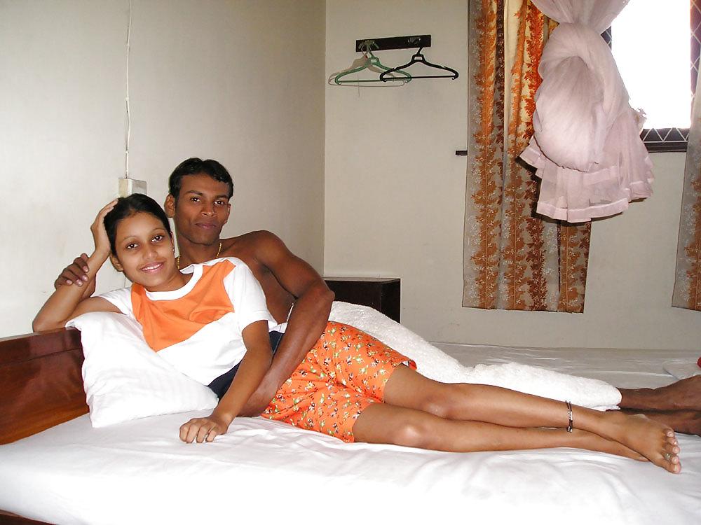 Honeymoon Shower Sex Of Sri Lanka Couple Got Leaked