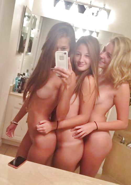 nude-two-girls-selfie-scenario-porn-vids