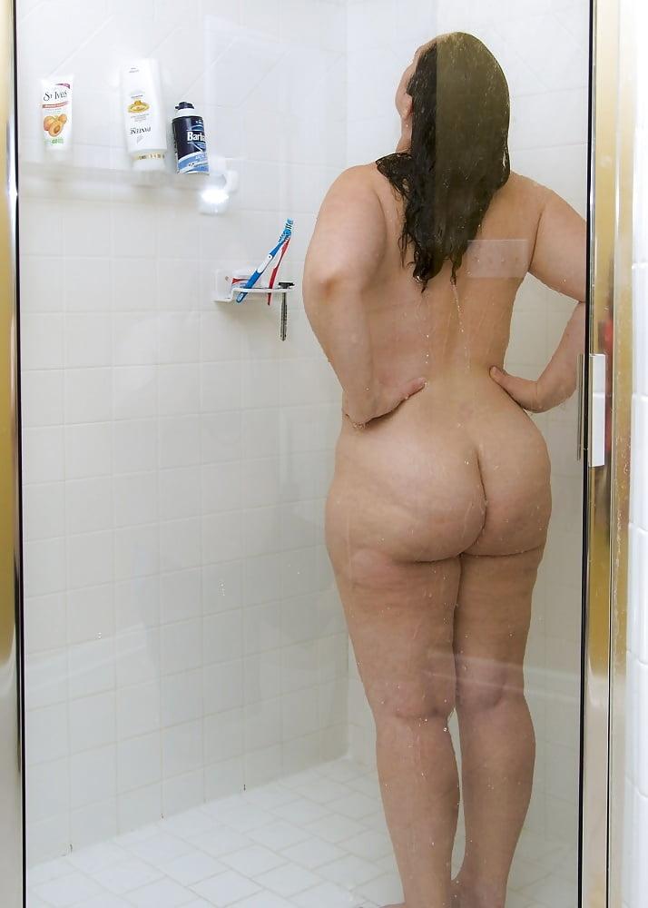 Shower Nudes