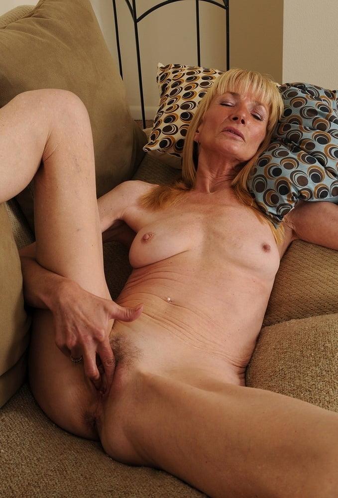 Granny Slut - 15 Pics