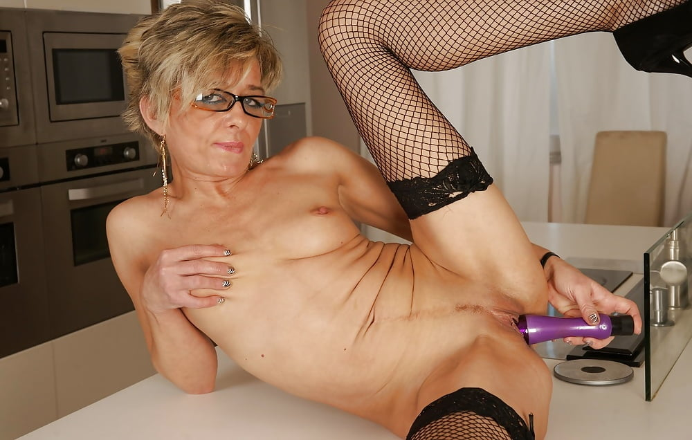 Lusty Granny Pics And Porn Images