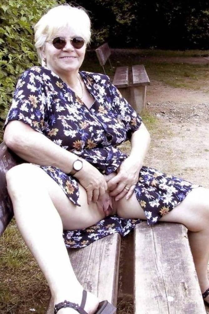 Oma will gefickt werden