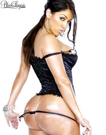 Sexy Candice Cabrera Nude Scenes