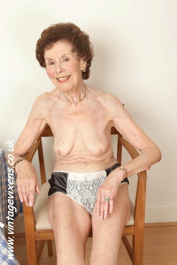 Granny Pussy - 27 Pics - Xhamstercom-6295