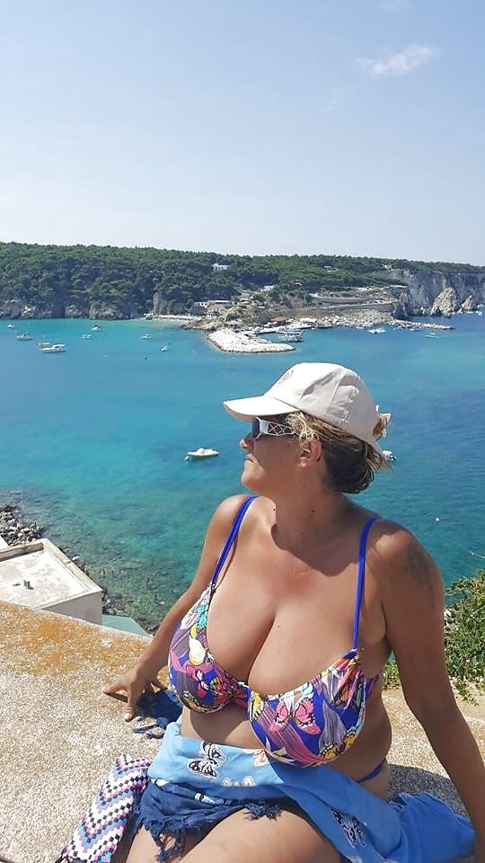 Big breasted nude mature women-6896