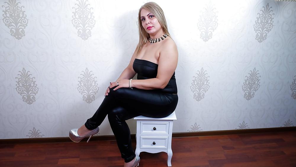 Cougar porn black-2227