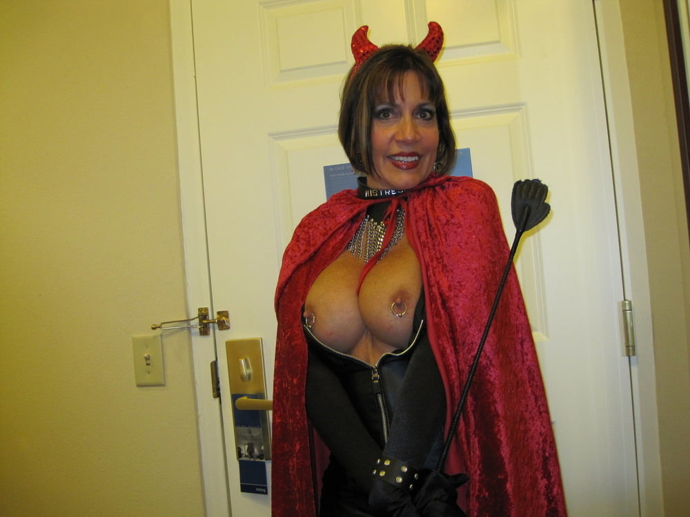 busty-sexy-nude-halloween-costumes-mature-movie-streams