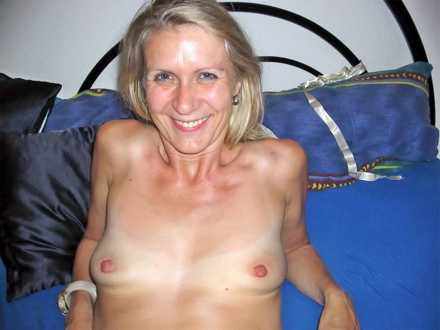 Amateur small tits mature sex