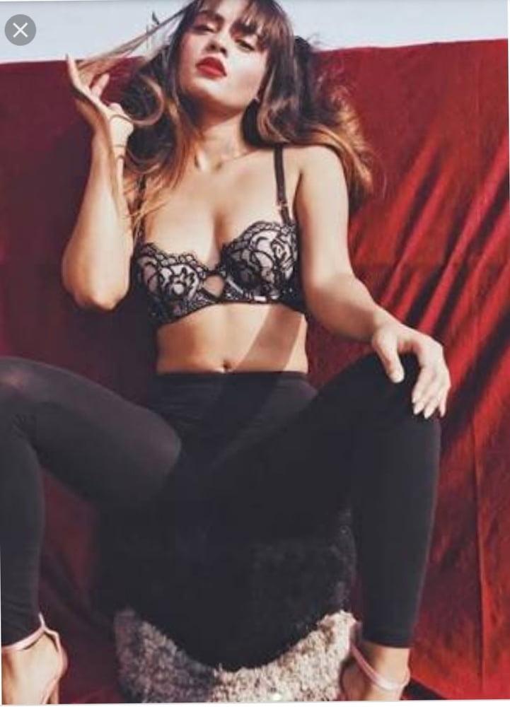 Hot babes boobs pics-7942