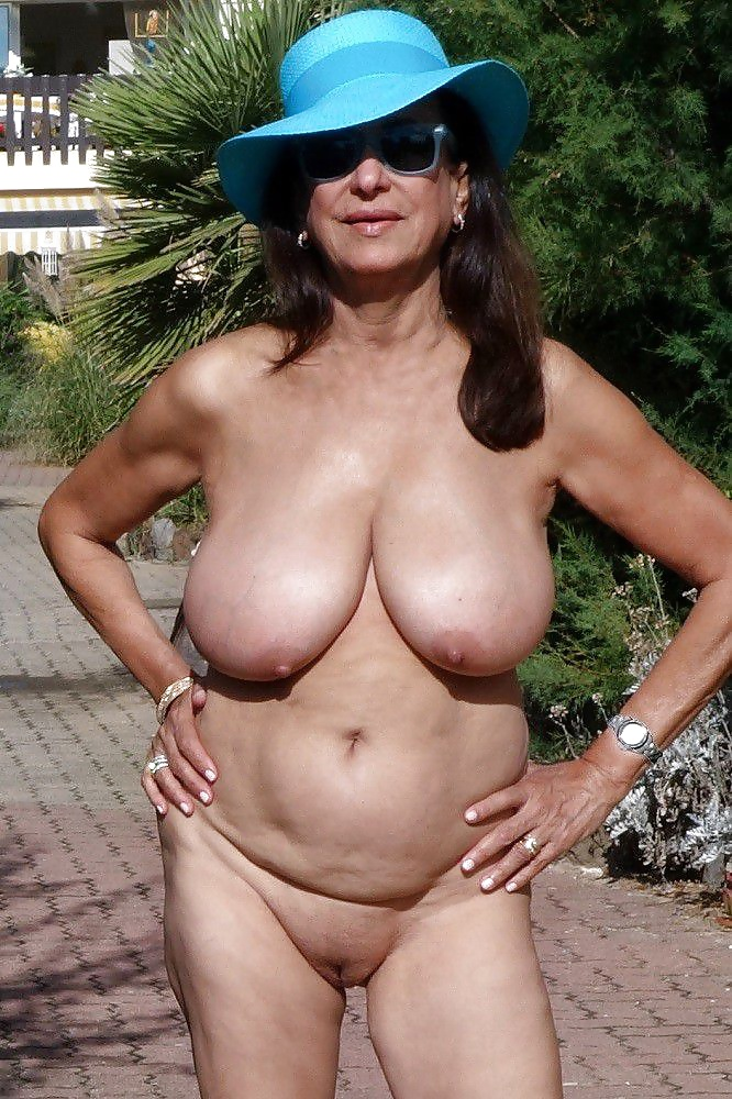 grannies-gone-wild-naked-nude-tamil-girl-ass
