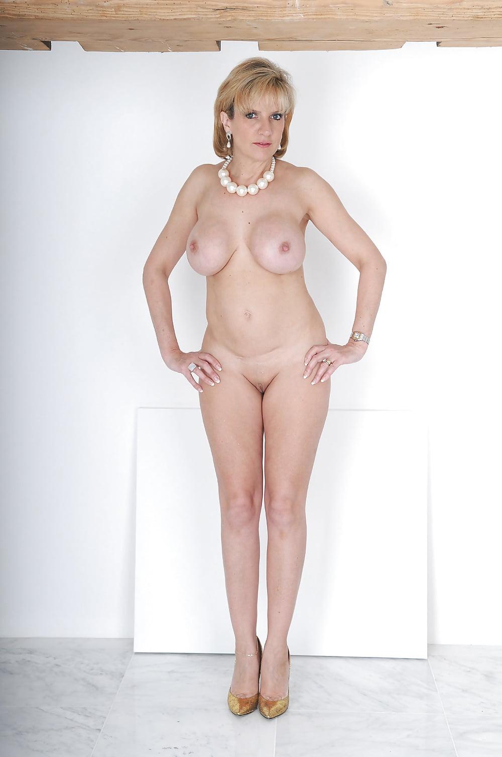 images-of-nude-ladies