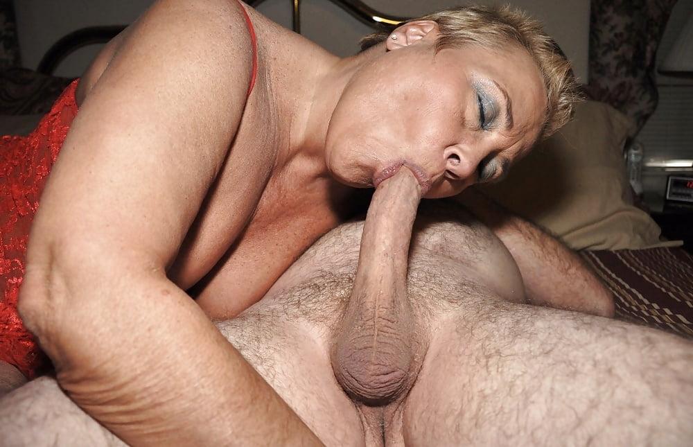 Hot tight blondes keez lick