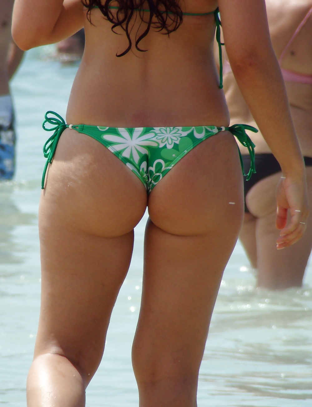 little-bubble-butt-bikini-pics-plesure-pornxxx-celebrity