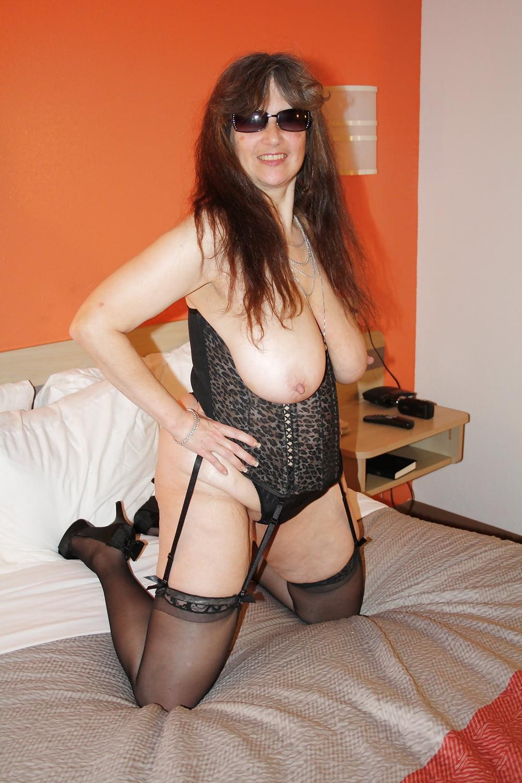 38dd topless