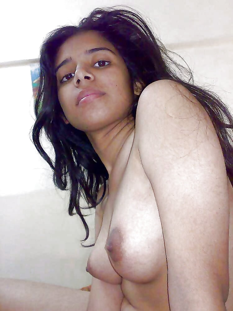 Indian boobs small girl pic