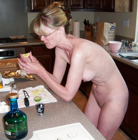 Amateur Skinny Mature Wife Breeding - amateur4u.com