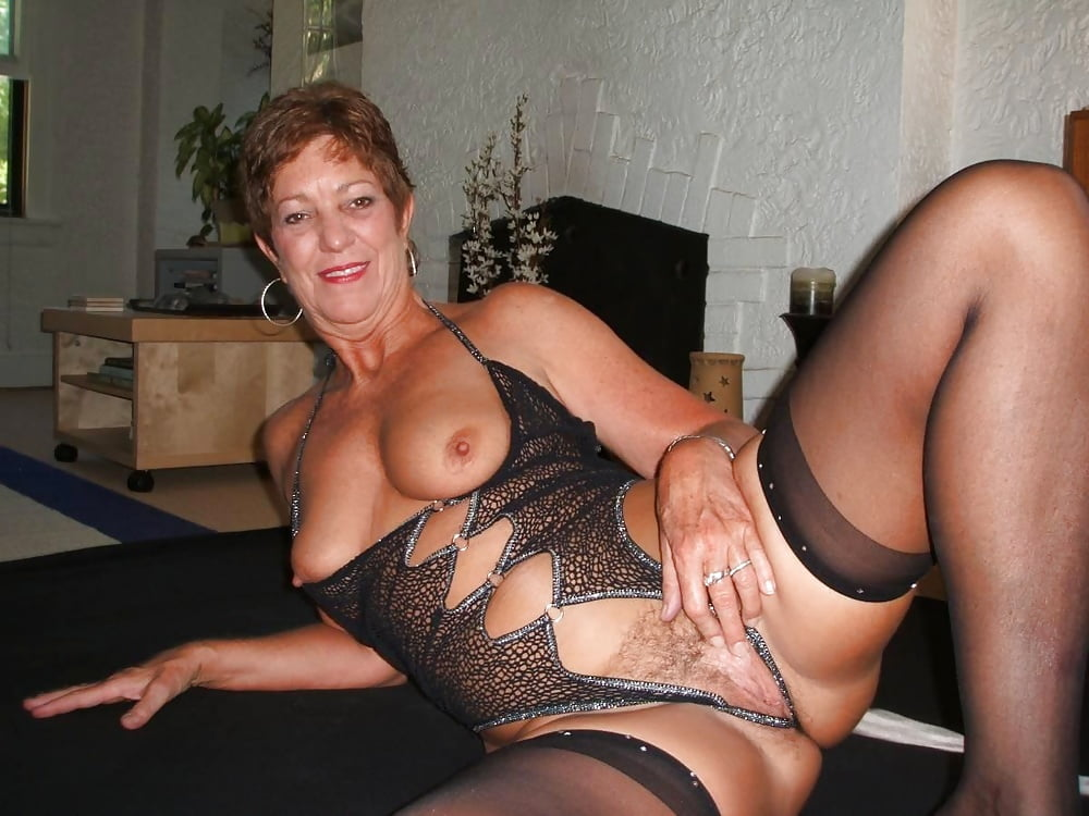 Free milf mature pictures collection