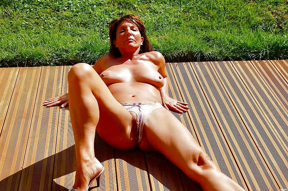 sexy-mature-neighbors-nudedesiactress-com