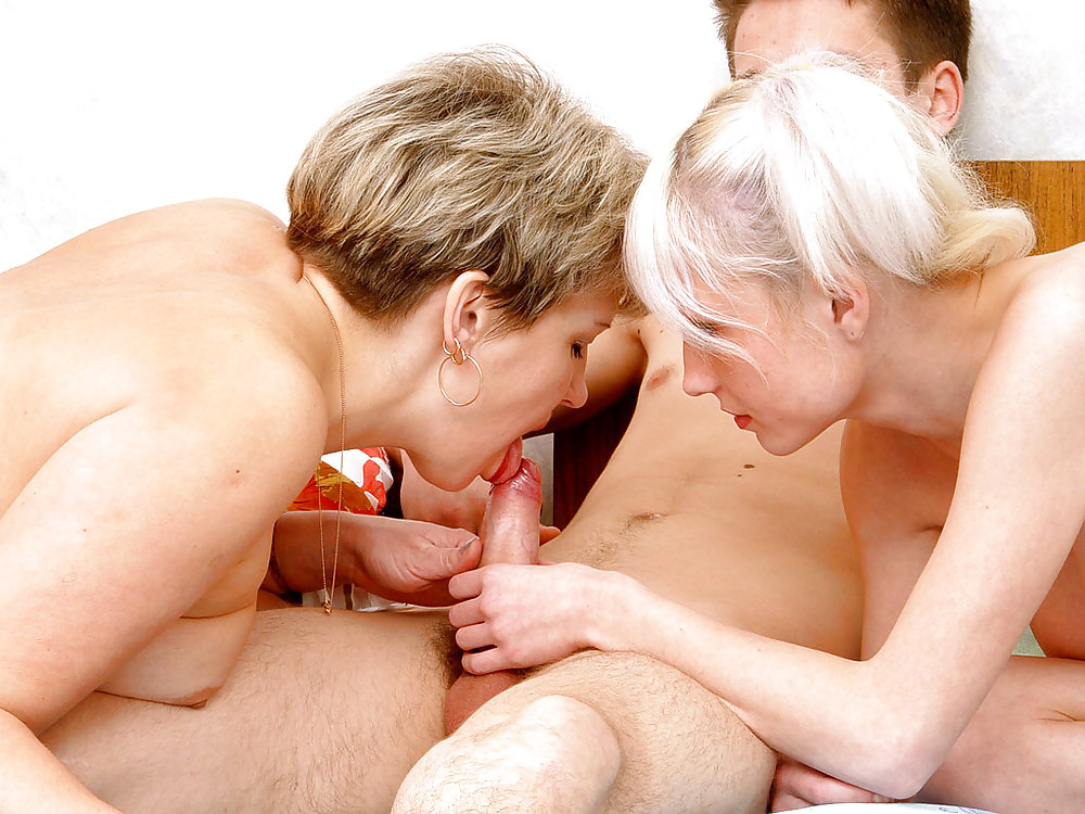 Old woman and young women sex — pic 1