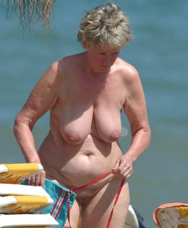 Big boob latina milf