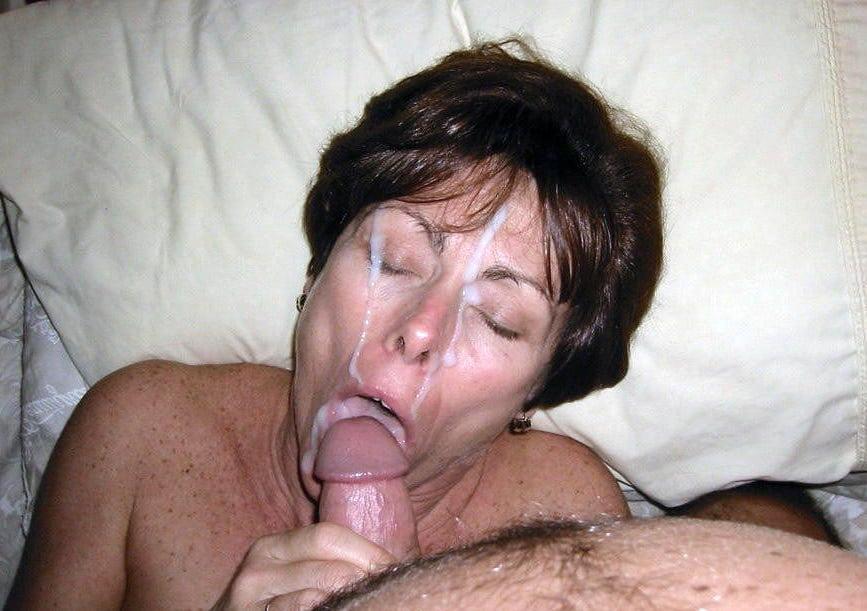porno-starushka-mnogo-spermi-na-litso