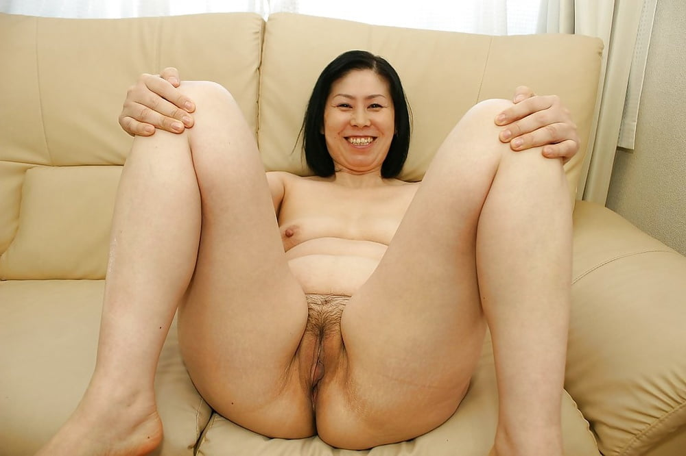 Mature japanese women having sex #12