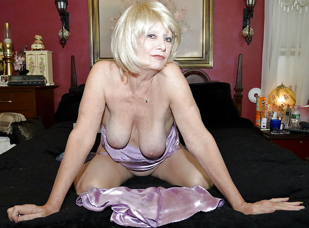 Mature ladies looking for young, masturbation feminine and uro