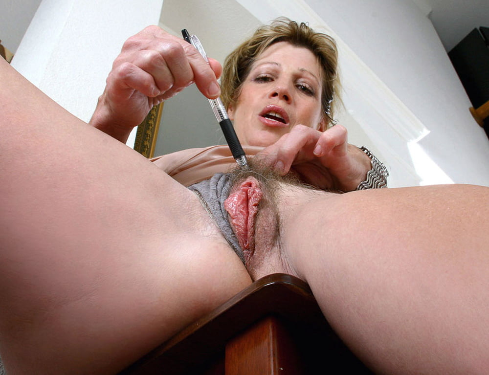Get mature shows pussy tall XXX for free