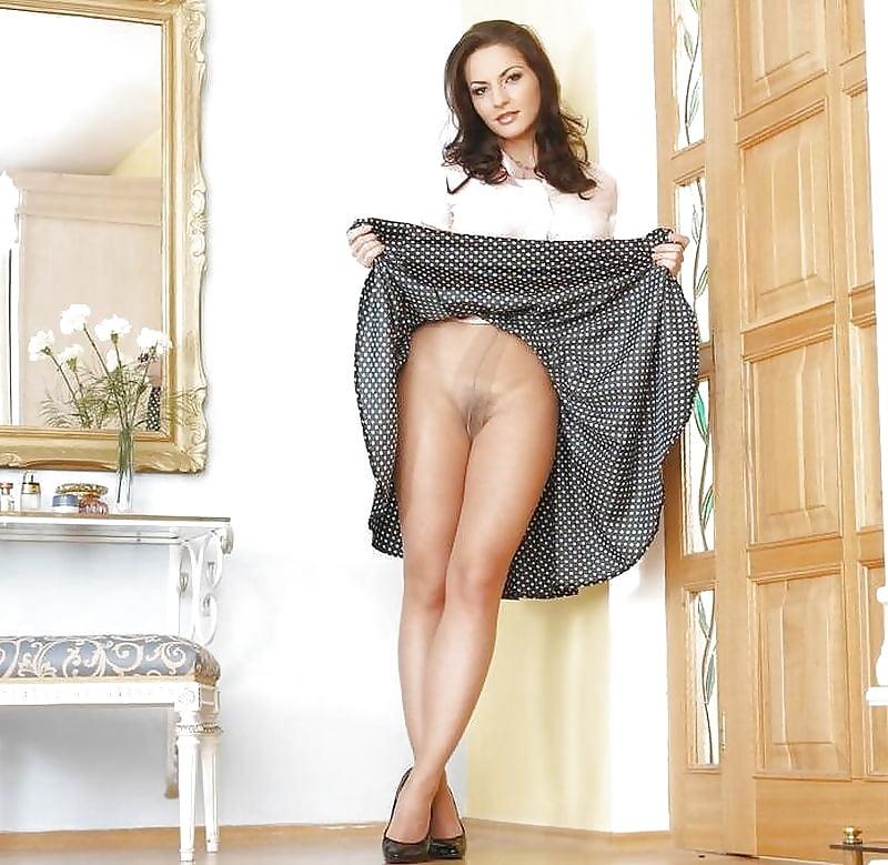 Русские женщины в длинных юбках частное порно фото #5