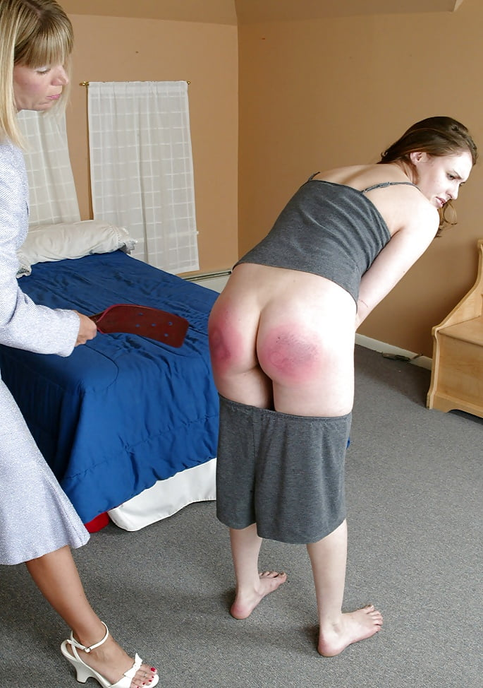 Girl spanked shorts — photo 14