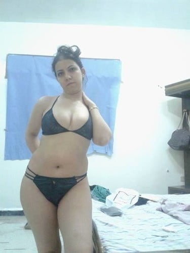 Arab men nude photos-1498