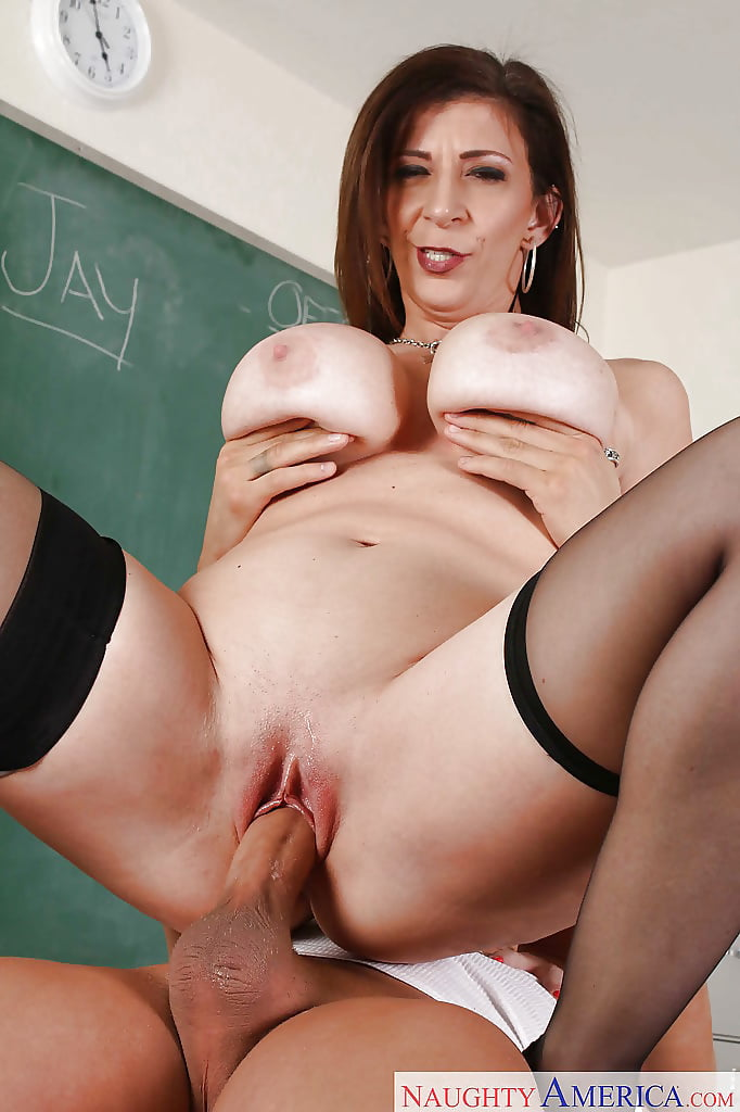 History teacher with big tits, naked girls with nice boobs and hairless pussy